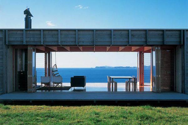 23 maisons magnifiques surprenantes construites partir for Maison fait de conteneur
