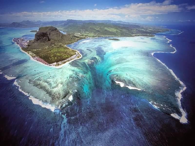 chute-d-eau- sous-marine (1)