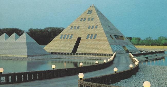 pyramide-en-or