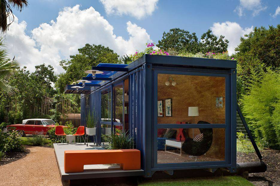 Container Guest House - Angle View