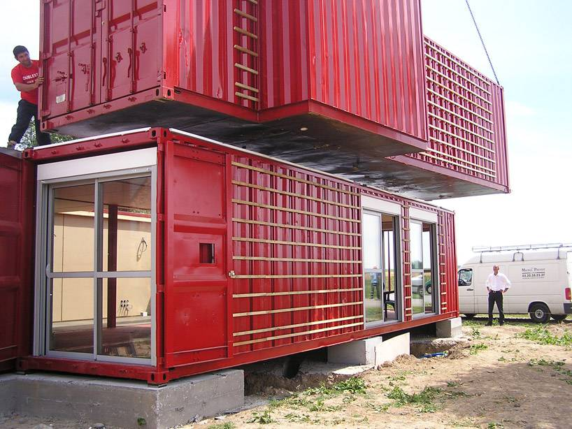 Maison Container by Patrick Partouche Building process