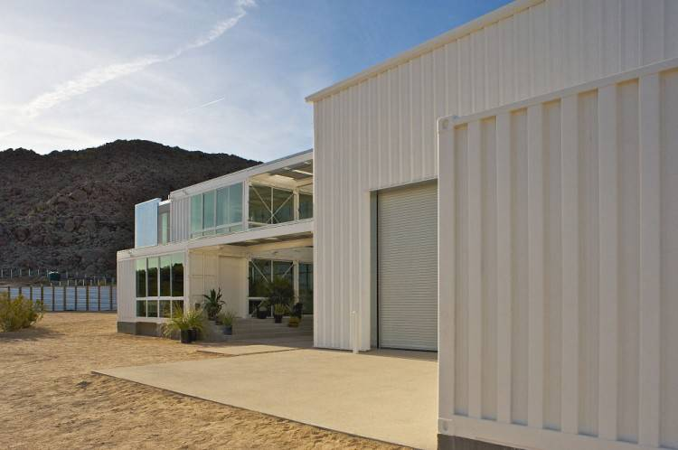 Shipping Container House in Mojave Desert by Ecotech Design White