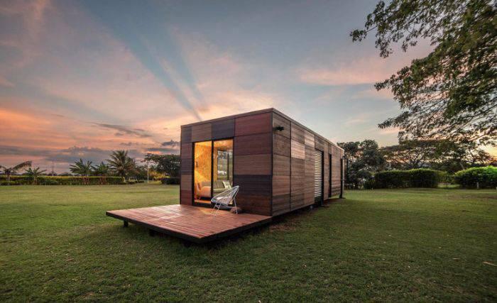 cette petite maison livr e en kit se monte et se d monte tr s facilement esprit spiritualit. Black Bedroom Furniture Sets. Home Design Ideas