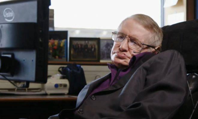 Stephen Hawking est l'un des plus grands esprits de notre temps. Il est bien connu pour ses contributions dans les domaines de la cosmologie