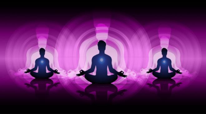 Les auras sont la projection de l'énergie provenant de notre corps. Si vous tenez compte des chakras, alors les auras sont sur les projections d'énergie