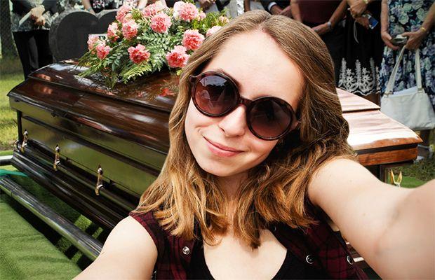 La tendance croissante des selfies est liée aux problèmes de santé mentale qui se concentrent sur l'obsession de l'apparence d'une personne.