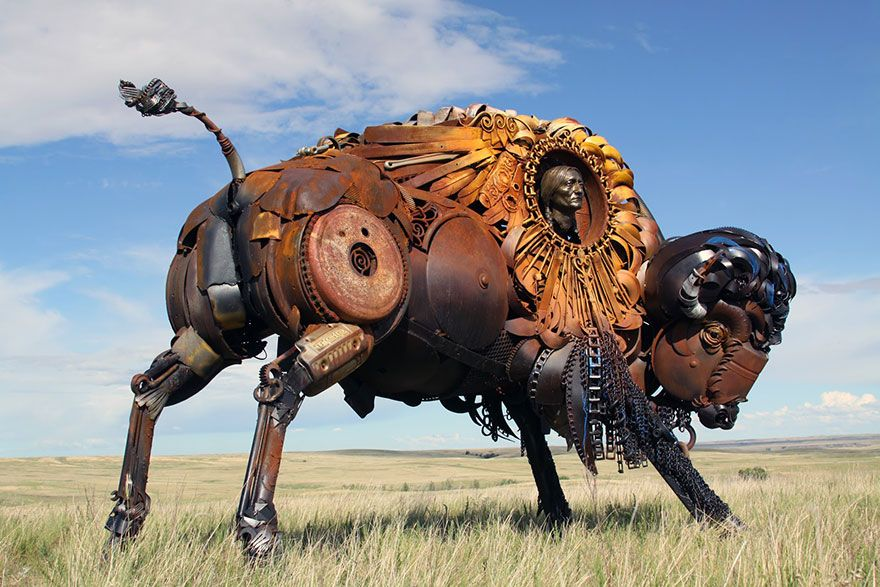 Un artiste transforme d'anciens équipements de ferme en de fabuleuses sculptures d'animaux.  Welded-scrap-metal-sculptures-john-lopez-5