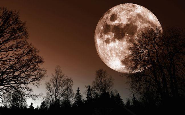 Super lune de l'équinoxe