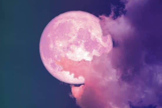 pleine lune rose en Balance