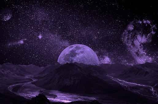 énergie intense de la super Nouvelle Lune