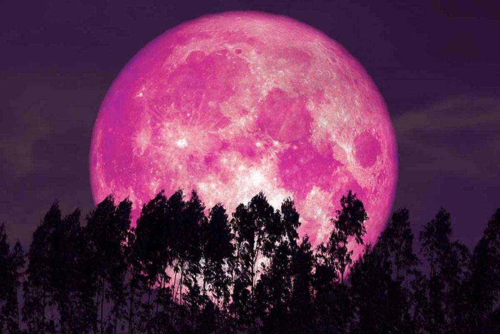 pleine lune aux fraises arrive le 5 juin 2020