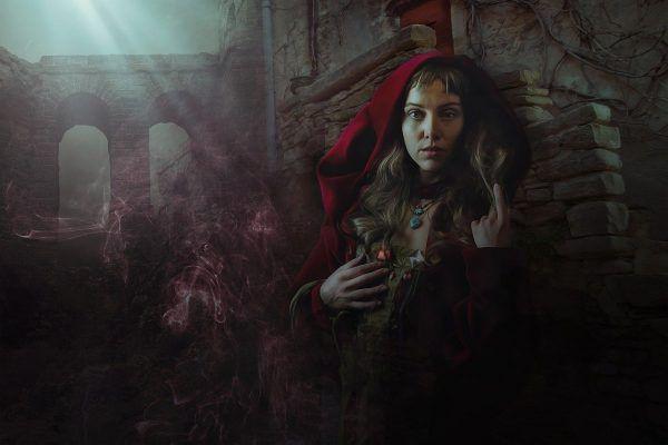 sorcière solitaire