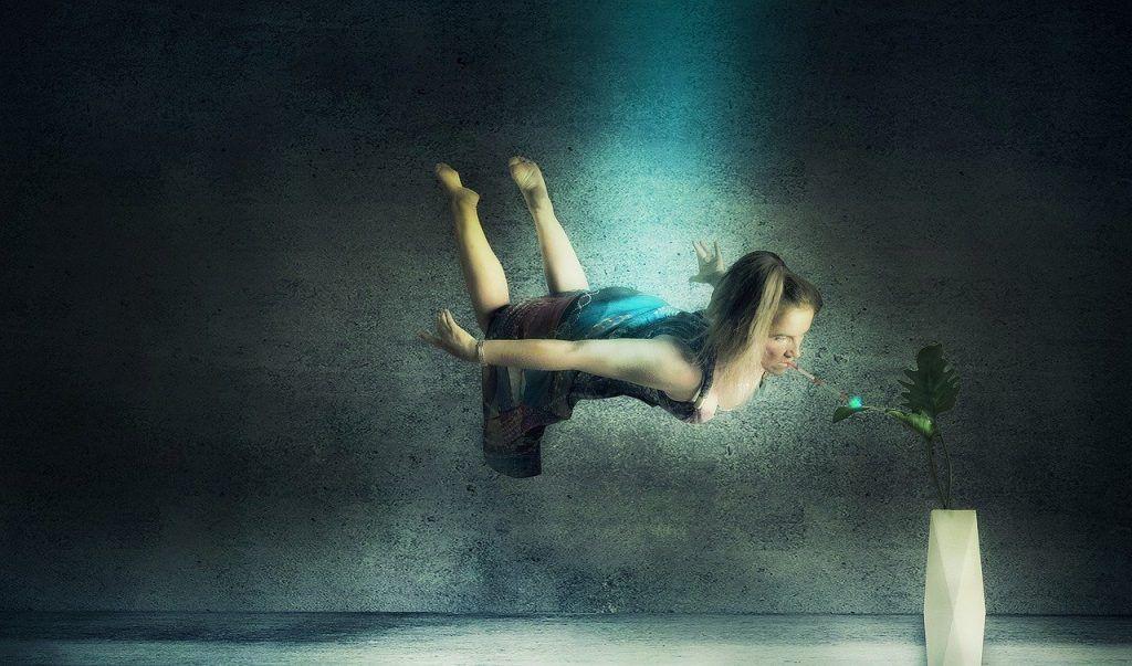 flying-woman