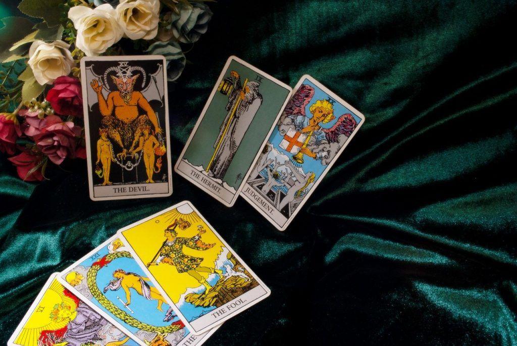tarot zodiaque